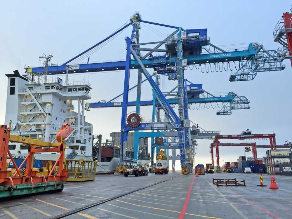 Konecranes Hafentechnik GmbH - Cargo Connexion